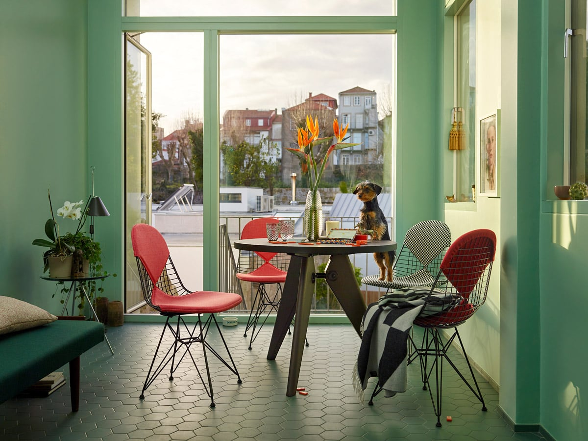 vitra dining kampagne wire chair